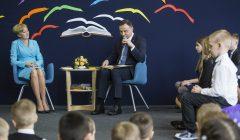 Para Prezydencka czyta dzieciom