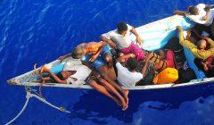 migranci fot. U.S. Navy photo by Mass Communication Specialist 2nd Class Daniel Barker