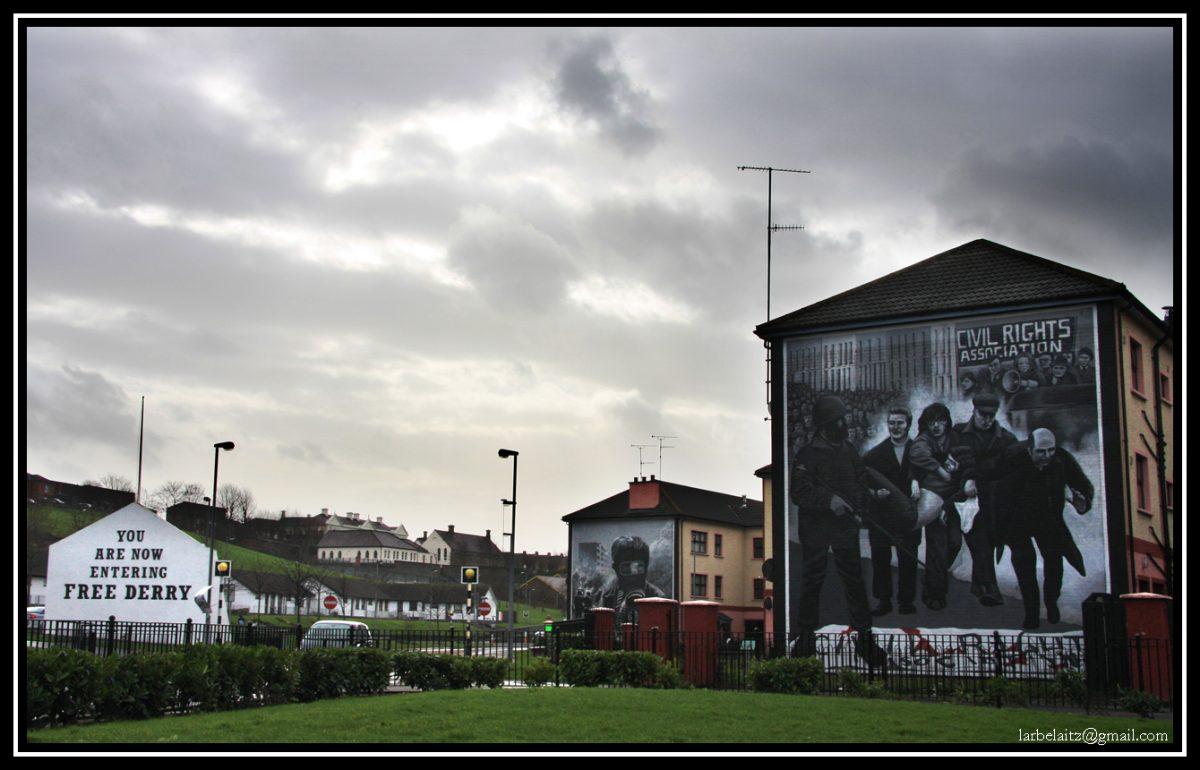 Wchodzisz do Free Derry; fot. larbelaitz, flickr.com