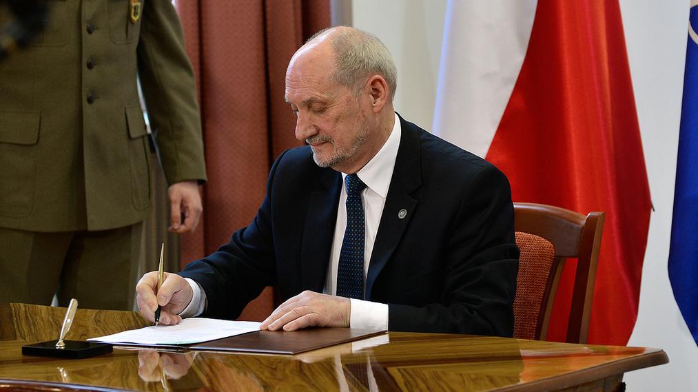 Antoni Macierewicz powołuje podkomisję