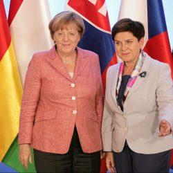 Kanclerz Merkel ma prawo pouczać polski rząd w sprawie uchodźców