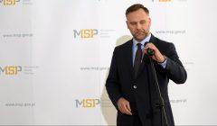 Premier Beata Szydlo odwolala ministra Dawida Jackiewicza