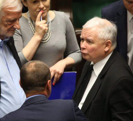 Polska ufa Trybunałowi, a nie oskarżeniom prezesa Kaczyńskiego