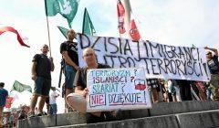 Demonstracja przeciw uchodzcom