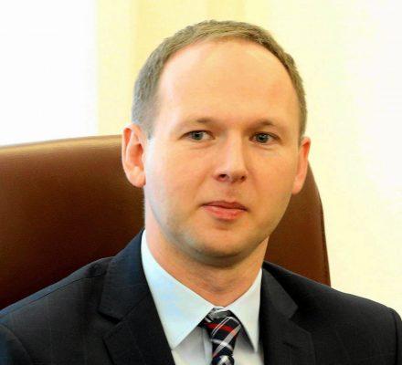 Afera w KNF: szef komisji domagał się łapówki od bankiera. Kronika Skórzyńskiego (10-16 listopada 2018)