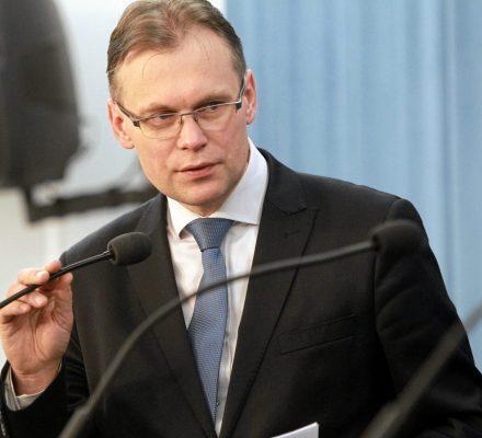 Dr Marcisz: wniosek Mularczyka do TK to czysty PR. Tą drogą ofiary wojny odszkodowań od Niemiec nie dostaną
