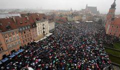 Czarny Protest przeciw nowej ustawie antyaborcyjnej