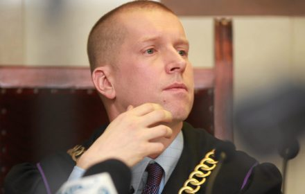 Owacje dla sędziego. KOD uniewinniony. Oto pełne uzasadnienie wyroku ważnego dla polskiej demokracji