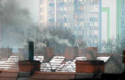 Rząd symuluje walkę ze smogiem. Polakom pozostaje iść do sądu