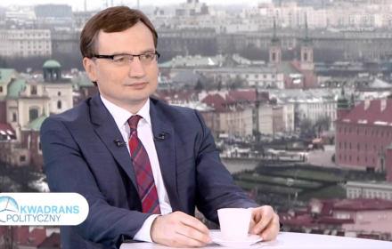 (...) przyjęta przez posłów decyzja o łącznym głosowaniu nad wszystkimi poprawkami i wnioskami mniejszości do ustawy budżetowej oraz innych ustaw, była zgodna z Regulaminem Sejmu i dotychczasową praktyką.