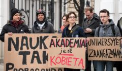 Protest przeciw spotkaniu z dzialaczka pro life Rebecca Kiessling