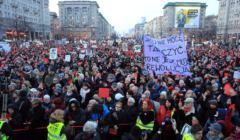 Glowna demonstracja podczas Dnia Kobiet