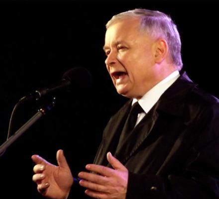 Sąd: Kaczyński może bez dowodów oskarżać Sikorskiego. A zarzut zdrady jest