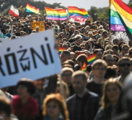 """Marsz Równości w Gnieźnie zakazany. """"Zagrożenie zdrowia i życia oraz zniszczenia infrastruktury"""""""