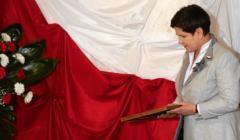 Premier Beata Szydlo podczas Swieta Flagi w Ryczowie
