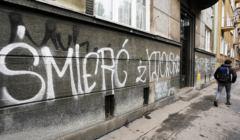 Antysemickie napisy w Krakowie .