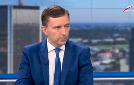 """""""Błędny"""" rycerz z PiS broni Szydło, czyli pięć bzdur posła Schreibera"""