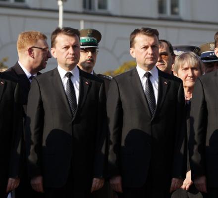 Błysnęło, świsnęło i w miejscu Platformy Obywatelskiej pojawił się Mariusz Błaszczak