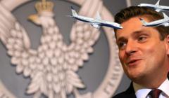 Sekretarz stanu Bartosz Kownacki podczas konferencji prasowej dotyczacej pozyskania smigowcow dla wojska. MON w Warszawie