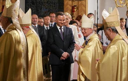 Kościół nie może być wyjątkiem, ma ujawnić dochody, jak wszyscy. Projekt ustawy o świeckim państwie