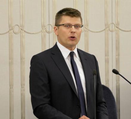 Wiceminister Warchoł: ustawa o SN wymieni 1/3 składu Państwowej Komisji Wyborczej. Nie doczytał czy grozi?