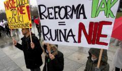 Protest-przeciwko-zmianom-w-systemie-edukacji