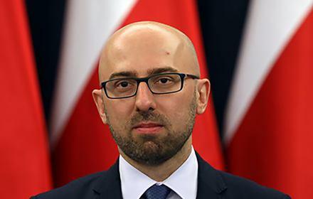 W niektórych sondażach nawet 70 proc. Polaków było za reformą wymiaru sprawiedliwości. Działania w Sejmie doprowadziły do tego, że ponad 50 proc. chciało trzech wet. Gratuluję przeprowadzenia tej reformy