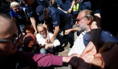 Policja-pacyfikuje-Obywateli-RP-manifestujacych-po