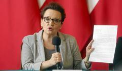 Konferencja minister Zalewskiej w Katowicach