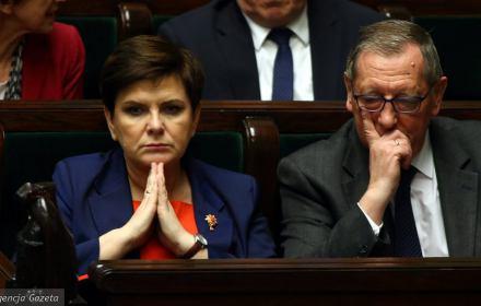 Jeśli Trybunał Sprawiedliwości zasądzi karę, to Polska straci te pieniądze nawet odmawiając płacenia. Zostaną potrącone np. z dopłat dla rolników