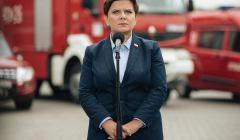 Premier-Beata-Szydlo-podczas-konferencji-w-remizie