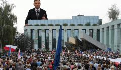 Manifestacja przed Sadem Najwyzszym