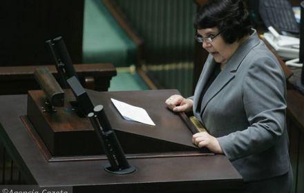 I ty, Sobecka, przeciwko mnie? Posłanka PiS składa interpelację do Zalewskiej: ilu nauczycieli straciło pracę?
