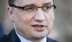 Zbigniew Ziobro udziela poparcie kandydatowi na prezydenta Andrzejowi Dudzie . Krakow