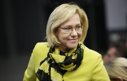 Środowiska LGBT wiedzą, że ich programy są niezgodne z podstawami programowymi i z prawem polskim. Ukrywają ideologiczne genderowe treści pod hasłami programów prozdrowotnych. Kłamią i deprawują [np. że masturbacja to normalna i zdrowa forma seksu]
