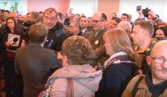 4 marca 2016 r. Zakłócenie wystawy o gen. Andersie przez działaczy KOD. Fot. screen