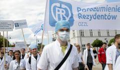 Marsz lekarzy rezydentow .