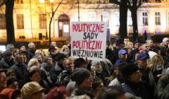 Demonstracja 3xW w Szczecinie