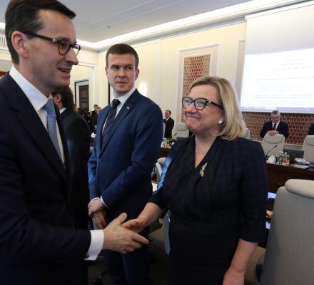 Sukces Beaty Kempy i Mateusza Morawieckiego. Rozwiązali kryzys uchodźczy, z którym Europa walczy od kilku lat. Brawo!