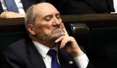 Tusk pozywa Macierewicza za kłamstwo smoleńskie