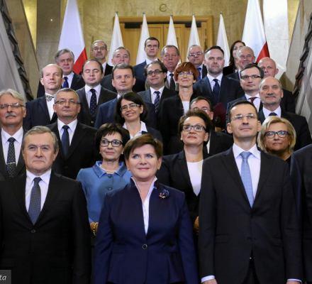 Zybertowicz: Dopiero szkolimy nowe elity. Ale w PiS władzę trzymają weterani