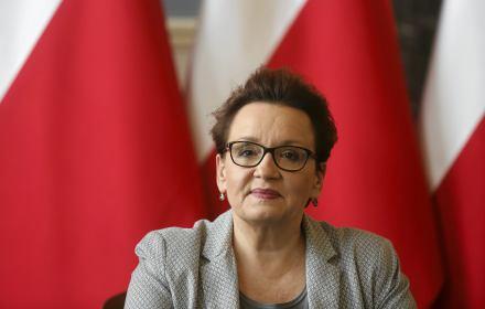 Siedem zdań, cztery kłamstwa (wszystkie podwójnie złożone). Jak minister Zalewska straszy Deklaracją LGBT+