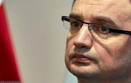 """Polscy sędziowie chcą dymisji nowej KRS. """"Ziobro boi się wyników tego referendum"""""""