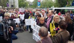 Protest rodziców osób niepełnosprawnych przed Sejmem, 25.04.18