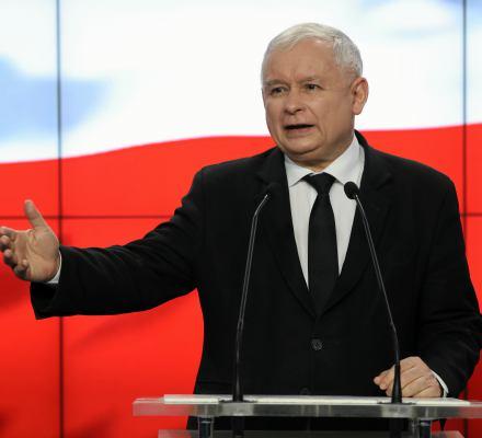 Kaczyński: Oddamy nagrody Caritasowi, obniżymy pensje parlamentarzystom i samorządowcom. Kronika Skórzyńskiego (31 marca – 6 kwietnia 2018)