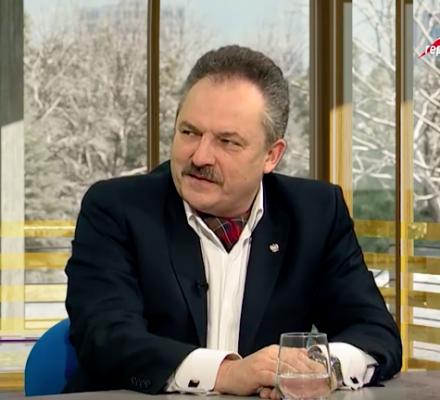 Jasnowidztwo Jakubiaka i mediów prawicy. Książki nie czytali, ale wiedzą, że szkaluje Polskę!