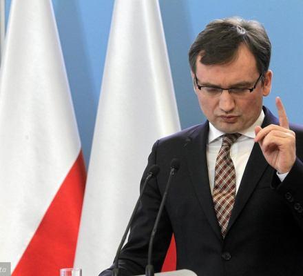 Tymczasowe aresztowanie w Polsce może trwać nawet kilka lat. Trybunał Konstytucyjny nie widzi problemu