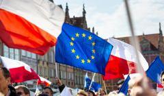 polska-i-ue-flagi