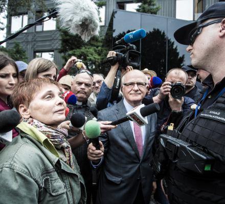 Prokuratura odmówiła wszczęcia śledztwa ws. niewpuszczania do Sejmu. Składamy zażalenie