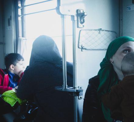 Jurek i Brudziński przejęli się losem Ormianki w ciąży, ale setki uchodźców wciąż tkwią na granicy bezprawia Brześć-Terespol [APEL DO...